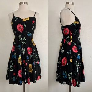 Old Navy Black Floral Print Fitted Mini Dress XS